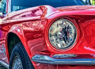 Polerowanie reflektorów szansą na przywrócenie blasku Twojego samochodu